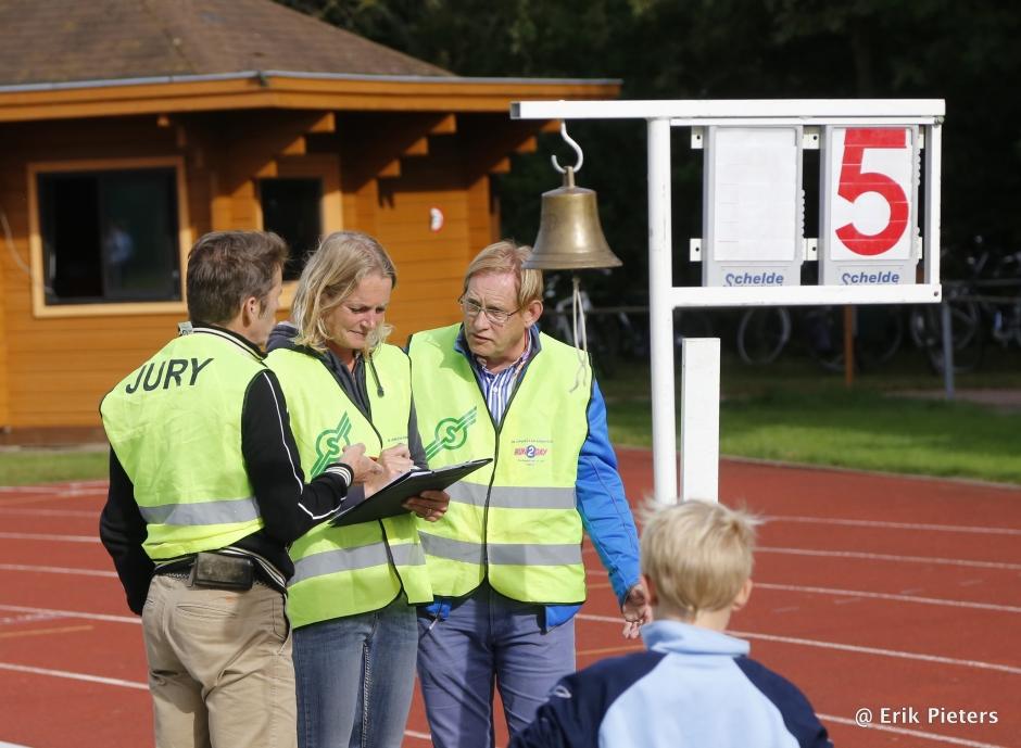 jury bij wedstrijd AV Suomi