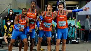 4x400m estafette team met Jochem Dobber van AV SUOMI